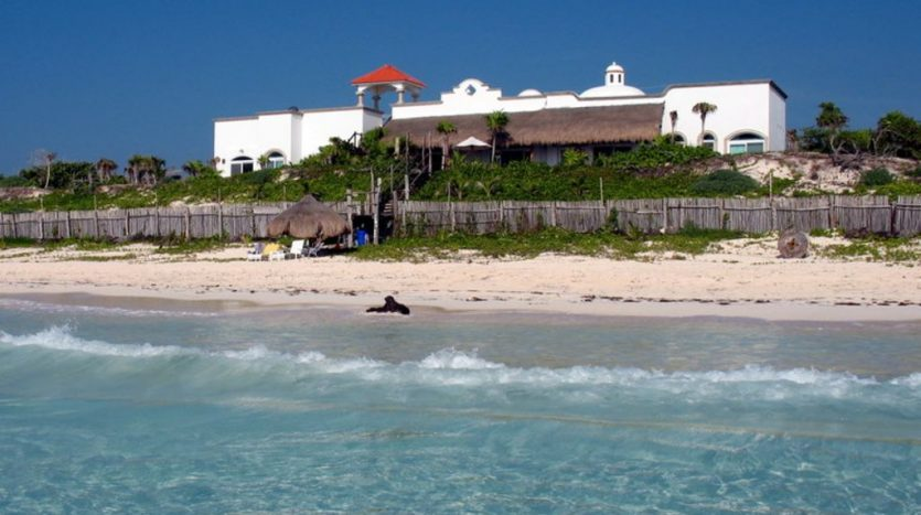 Beachfront Luxury Villa for Sale in Tulum Mexico