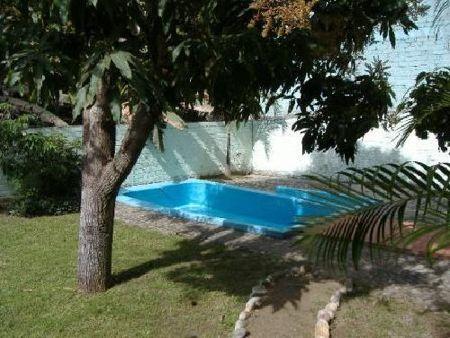 562_pool