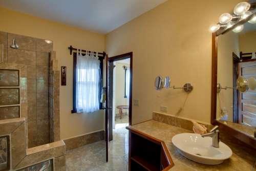 876_bathroom