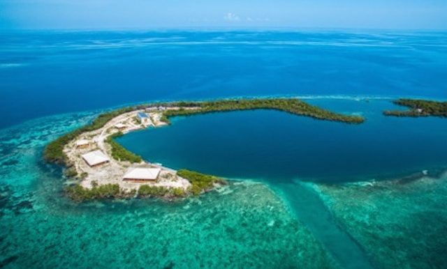 20150930sotbz00_saddle-caye-aerials-1010 copy