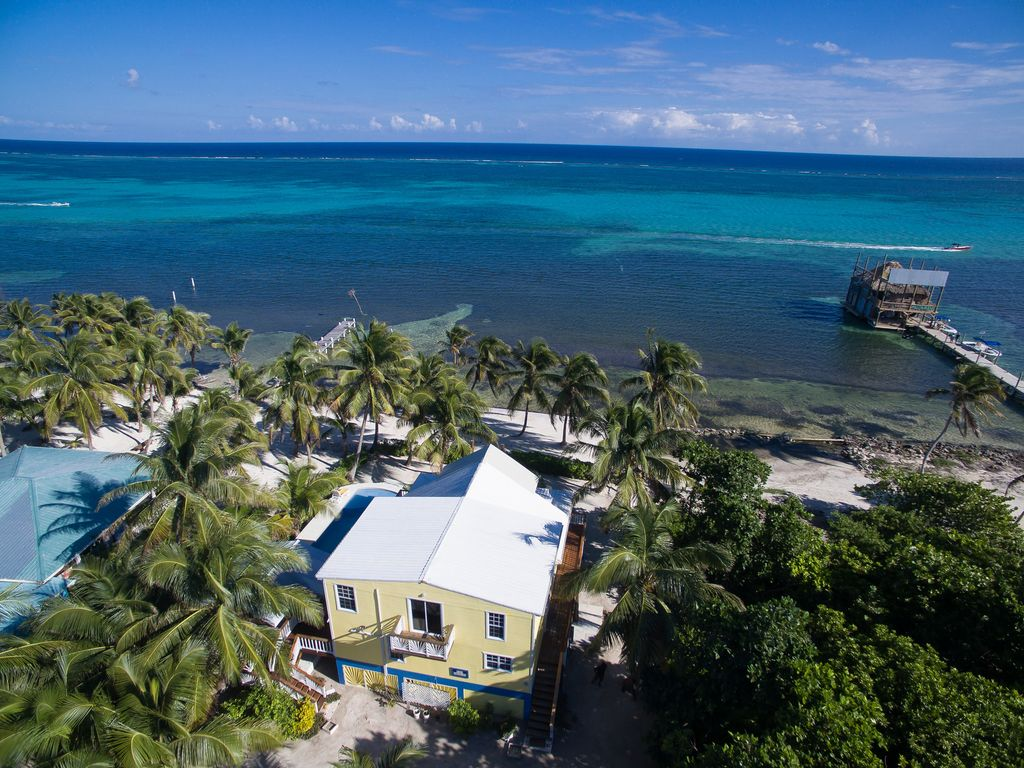 Belize Beachfront Villa for Sale on Ambergris Caye