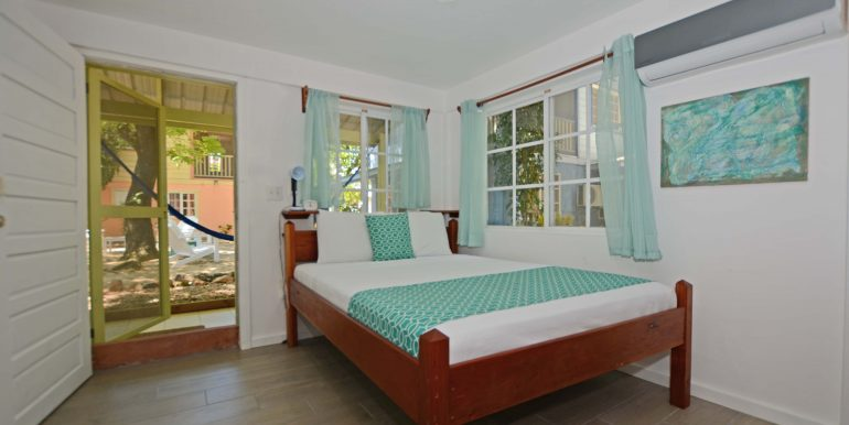 Hummingbird Bed 1