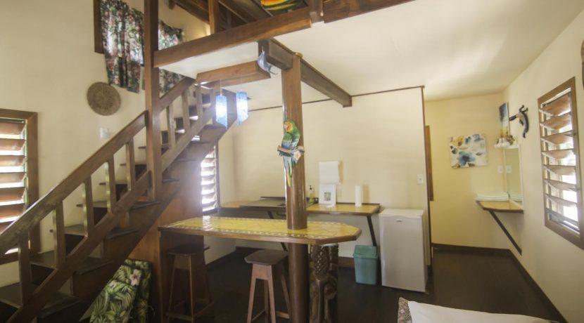 R125 - Green Parrot - beach house 2 - interior
