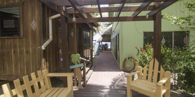 R125 - Green Parrot - walkway deck to front desk dive shop and restaurant
