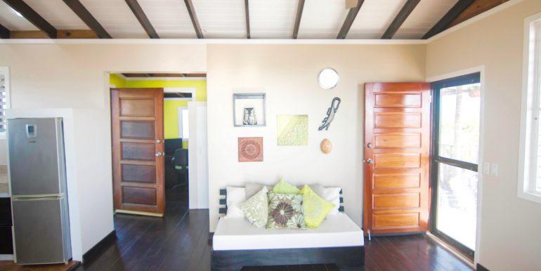 Y254 - Gecko unit - lounge area - 2