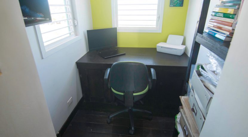 Y254 - Gecko unit - office space