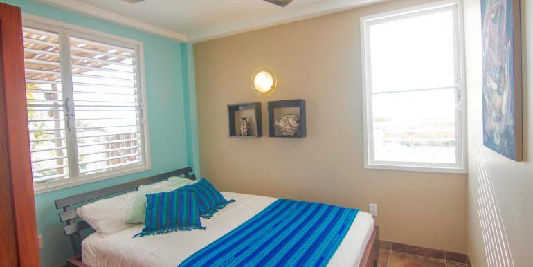 Y254 - Tiki - bedroom - 1