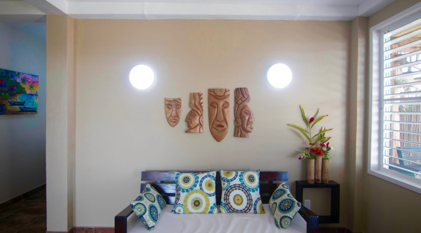 Y254 - tiki unit - living area