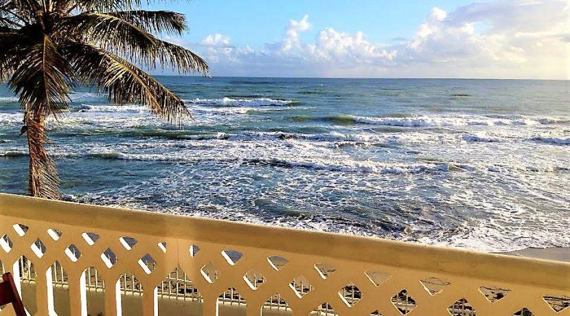 beach-hotel11