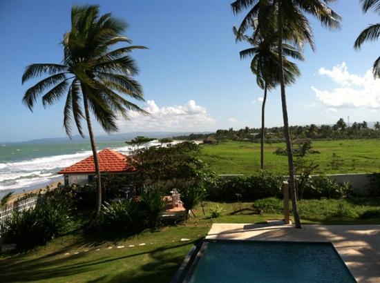 beach-hotel15