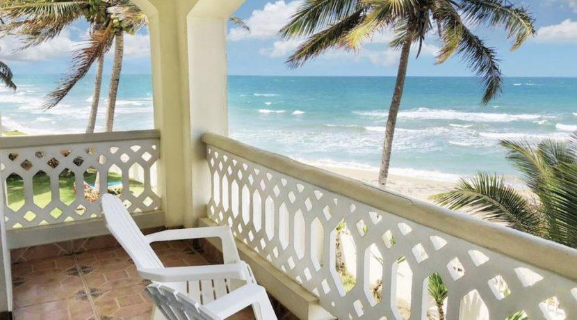 beach-hotel21