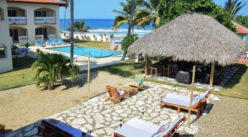 beach-hotel3